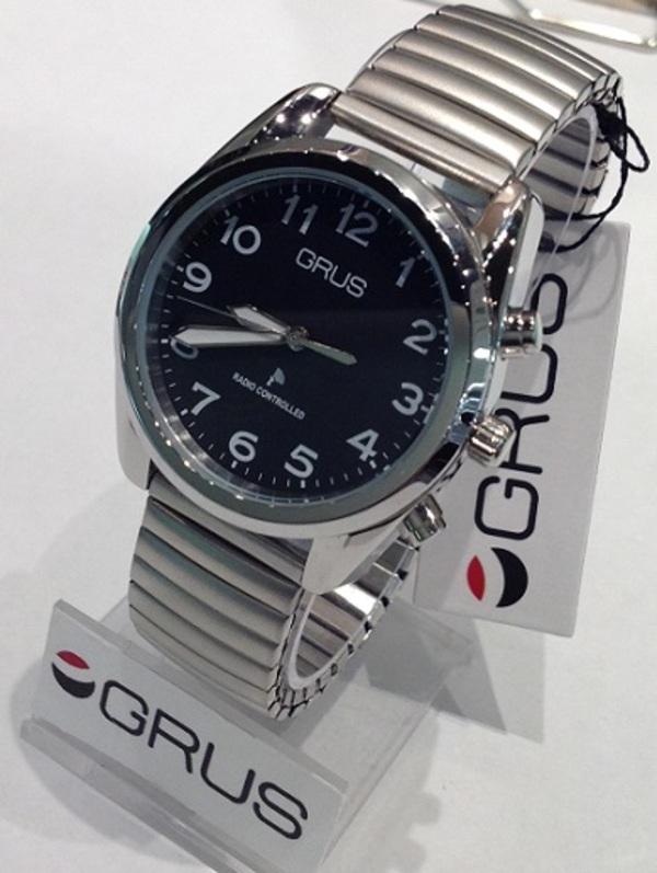 GRUS(グルス) ボイス電波腕時計
