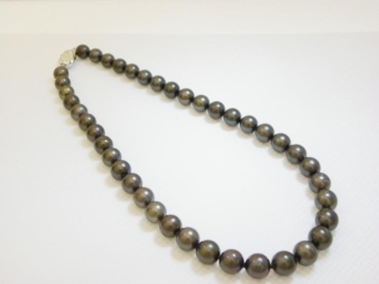 南洋タヒチ黒蝶真珠ネックレスのサムネイル