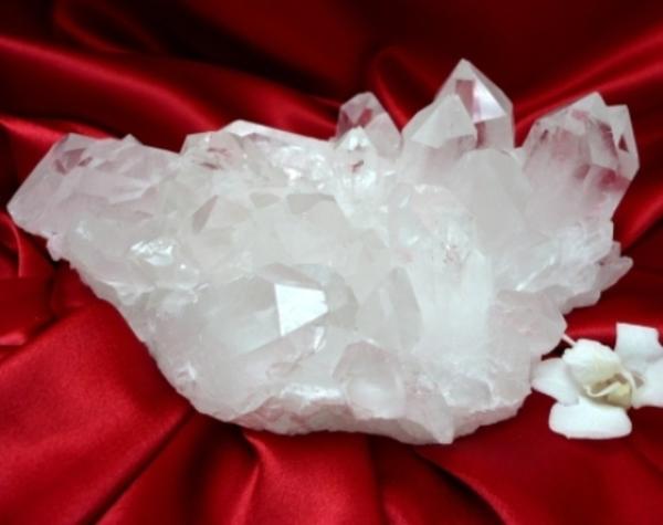 水晶原石クラスター